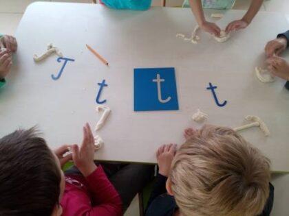 Słoneczna Szkoła Podstawowa - pomoce dydaktyczne montessori