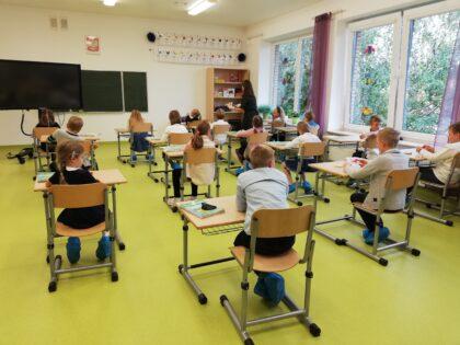 Słoneczna Szkoła Podstawowa sala nr 9