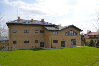 Słoneczna Szkoła Podstawowa budynek od północy